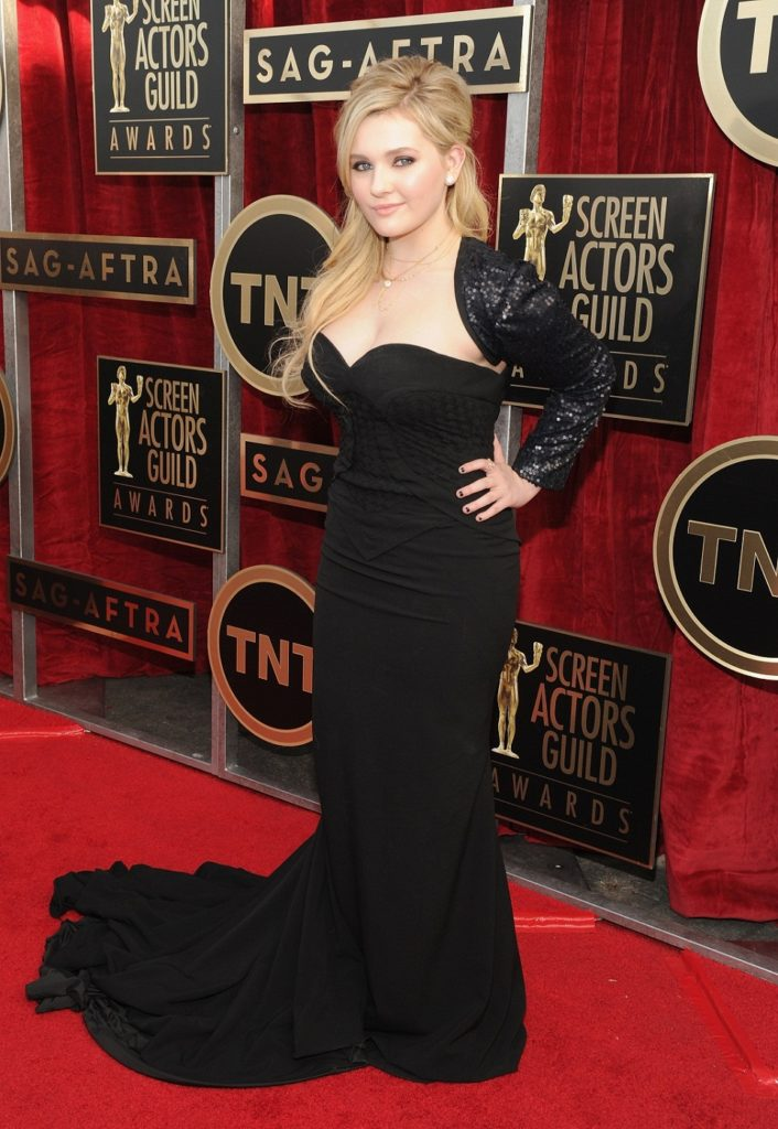 Abigail-Breslin-Pictures