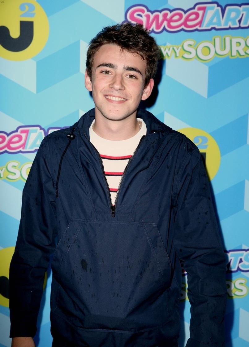 Charlie Rowe (born 1996)