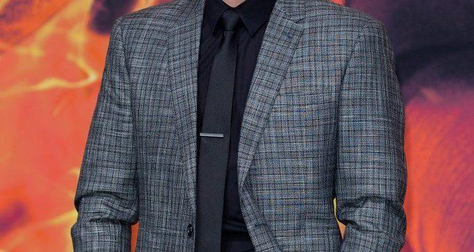 Josh Hutcherson Height, Age, Net Worth, Dating, Girlfriend ...