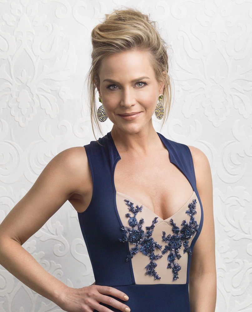 Julie Benz Height Weight Biography Family Facts