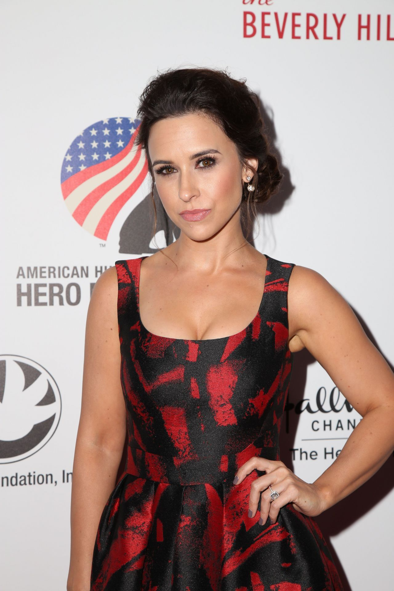 Lacey Chabert Age Height Husband Measurement Facts