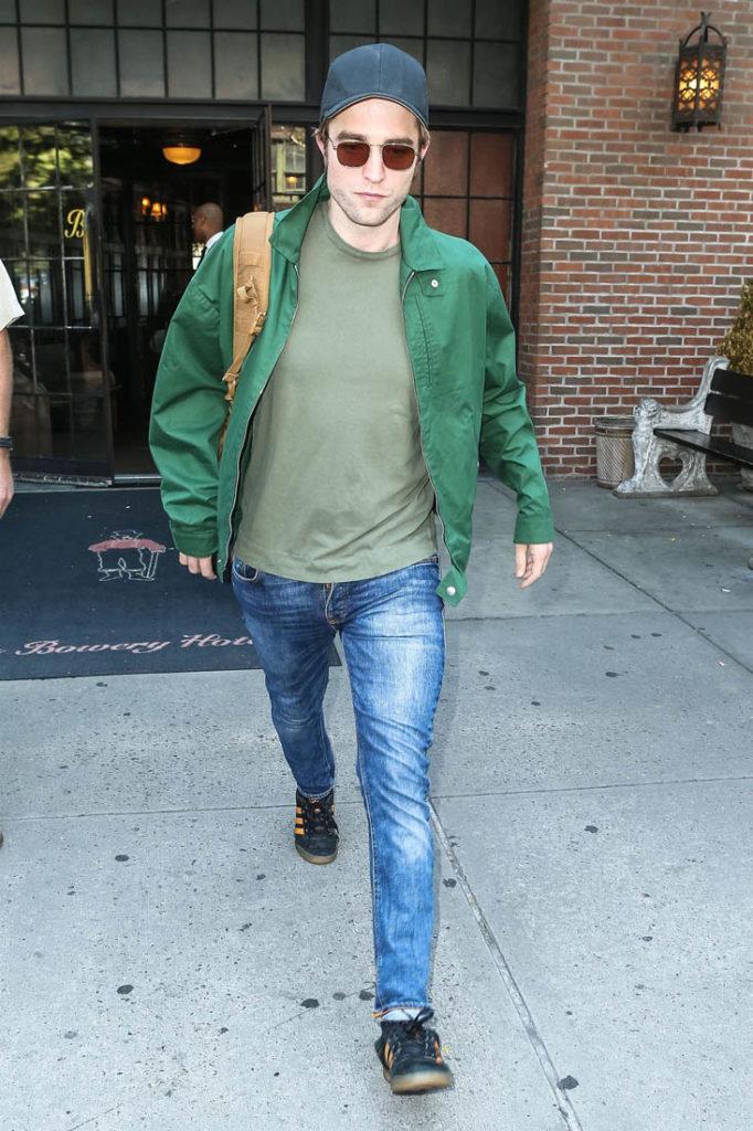 Robert-Pattinson-Photos