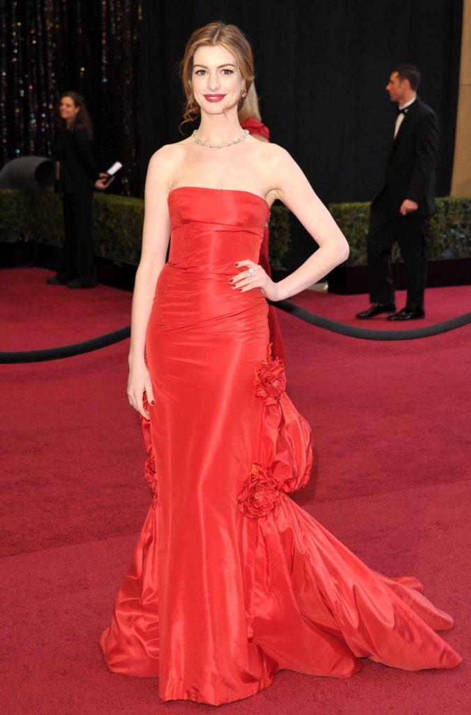 Anne-Hathaway-Pics