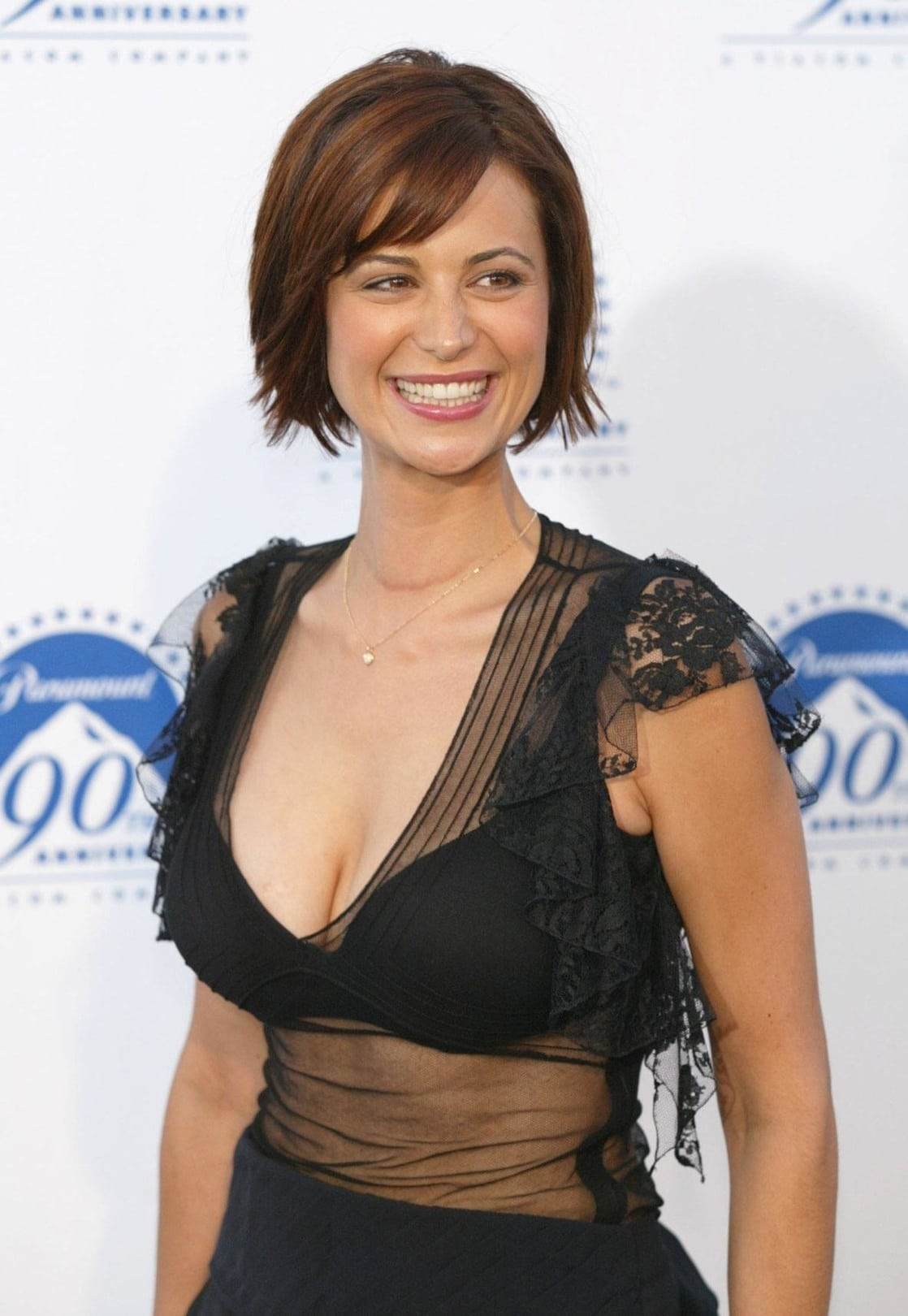 Catherine Bell Age, Height, Net Worth, Daughter, Family