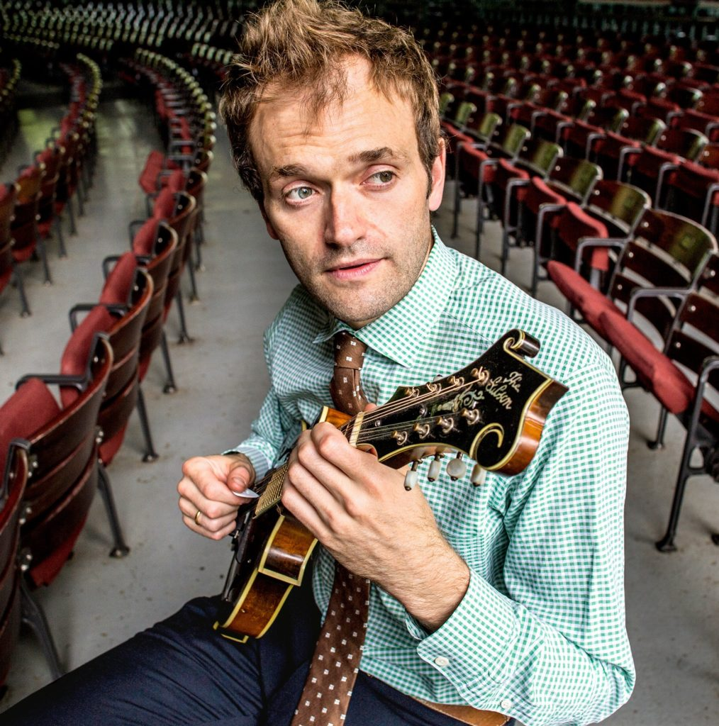 Chris-Thile-Images