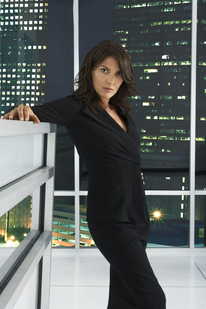 Gina-Bellman-Pics