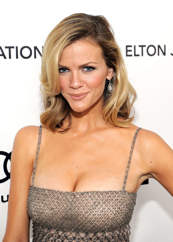 Brooklyn Decker Age, Height, Husband, Net Worth, Baby, Kids