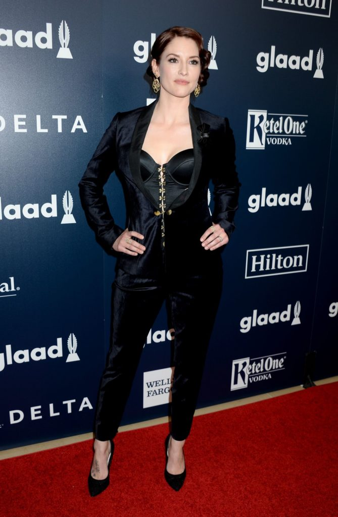Chyler-Leigh-Images