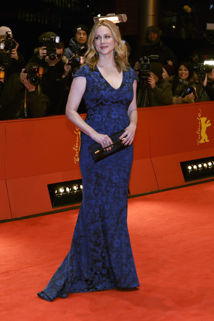 Laura-Linney-Pictures