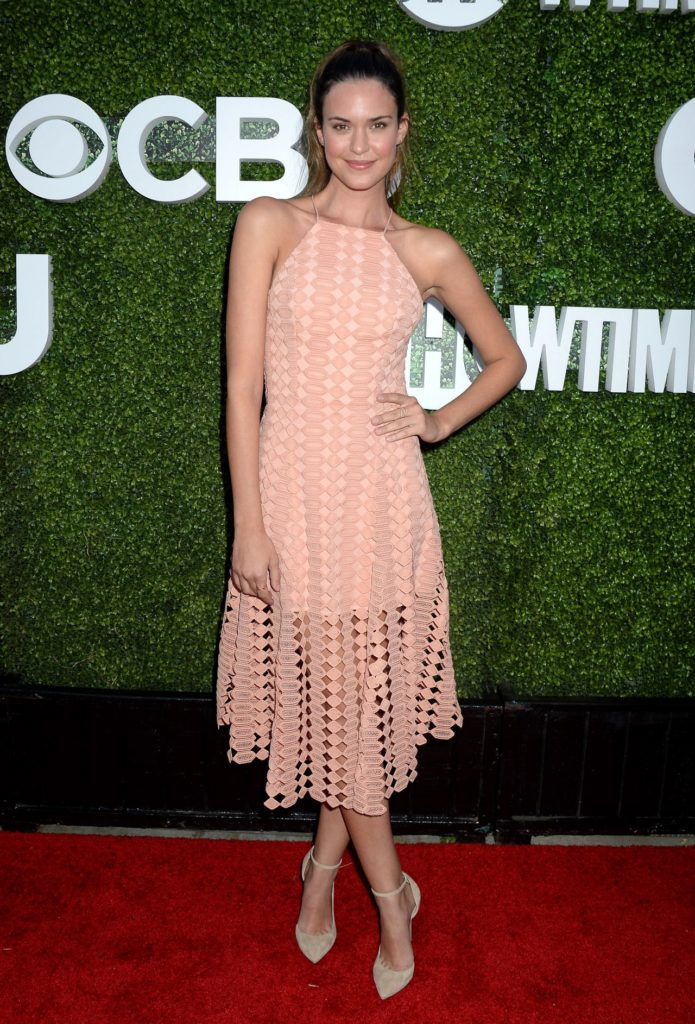 Odette-Annable-Images