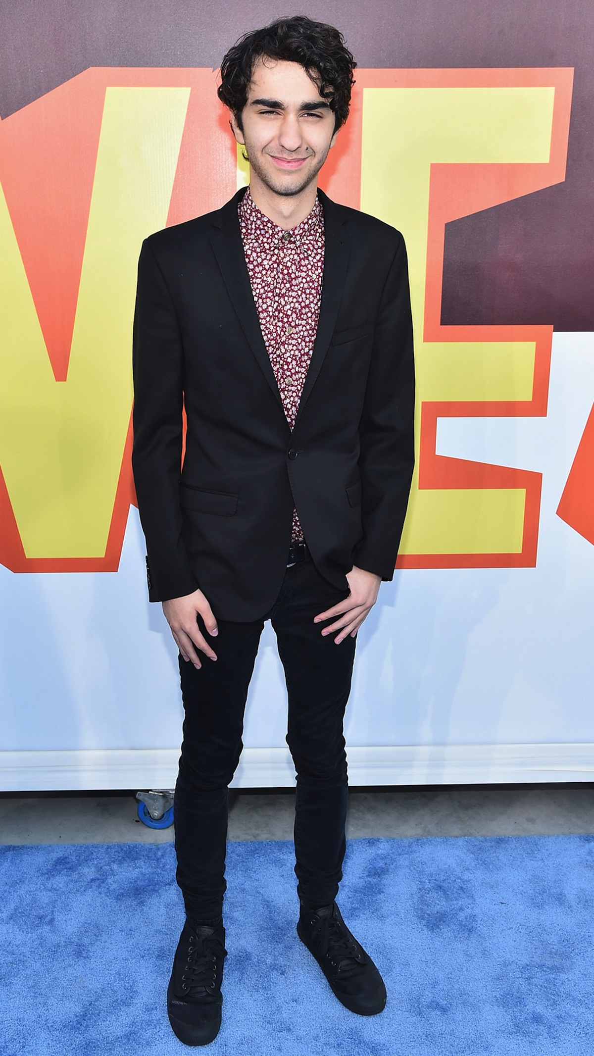 Alex Wolff • Height, Weight, Size, Body Measurements