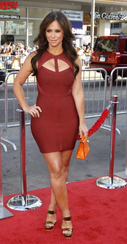 Jennifer-Love-Hewitt-Pictures