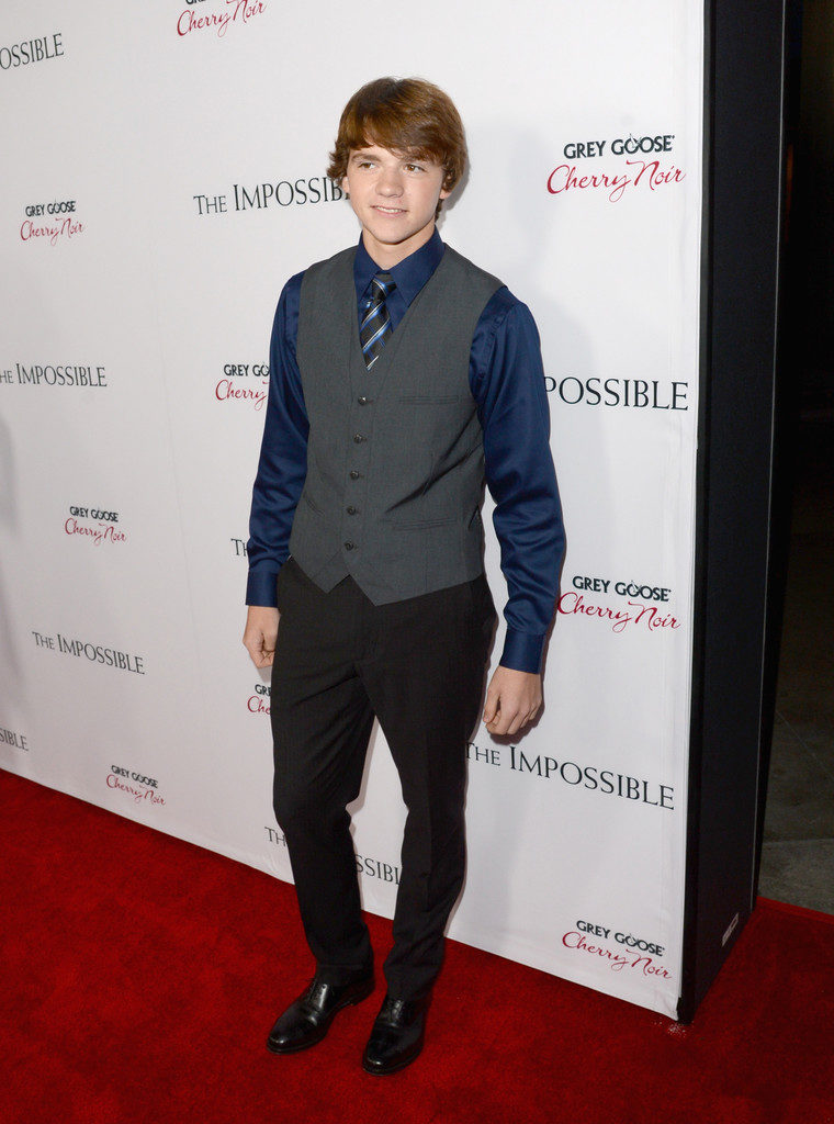 Joel-Courtney-Pictures