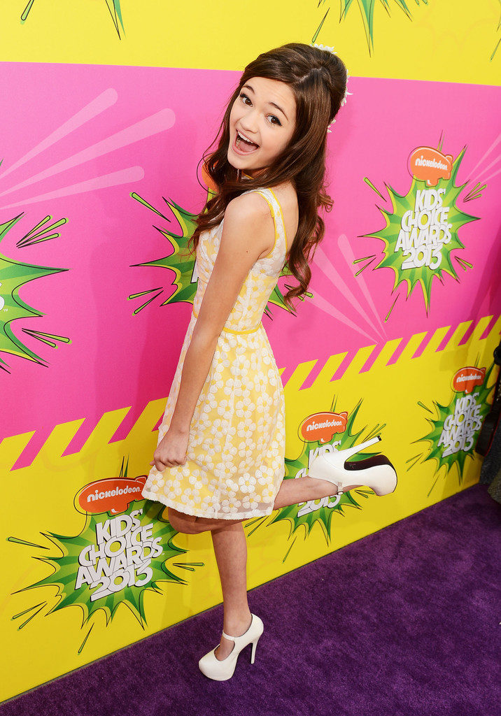 Ciara Bravo Age, Heigh...