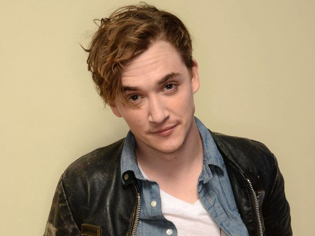 Kyle-Gallner-Images