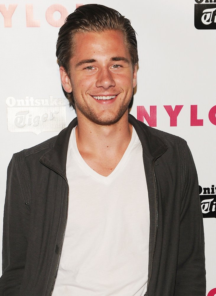 Luke-Benward-Pictures
