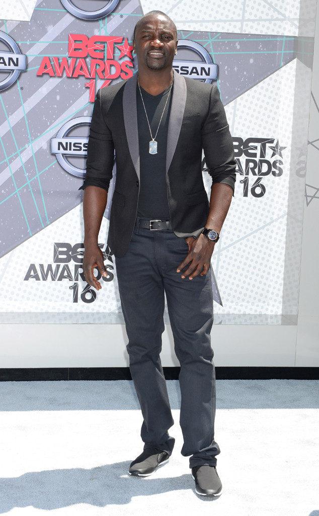 Akon-Pics