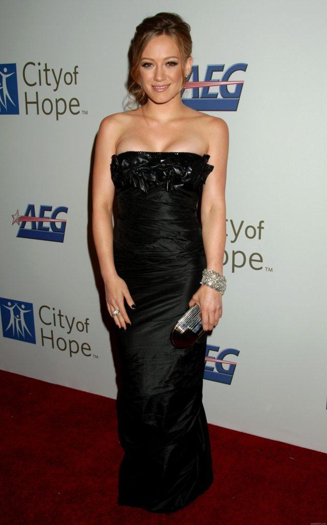 Hilary-Duff-Pics