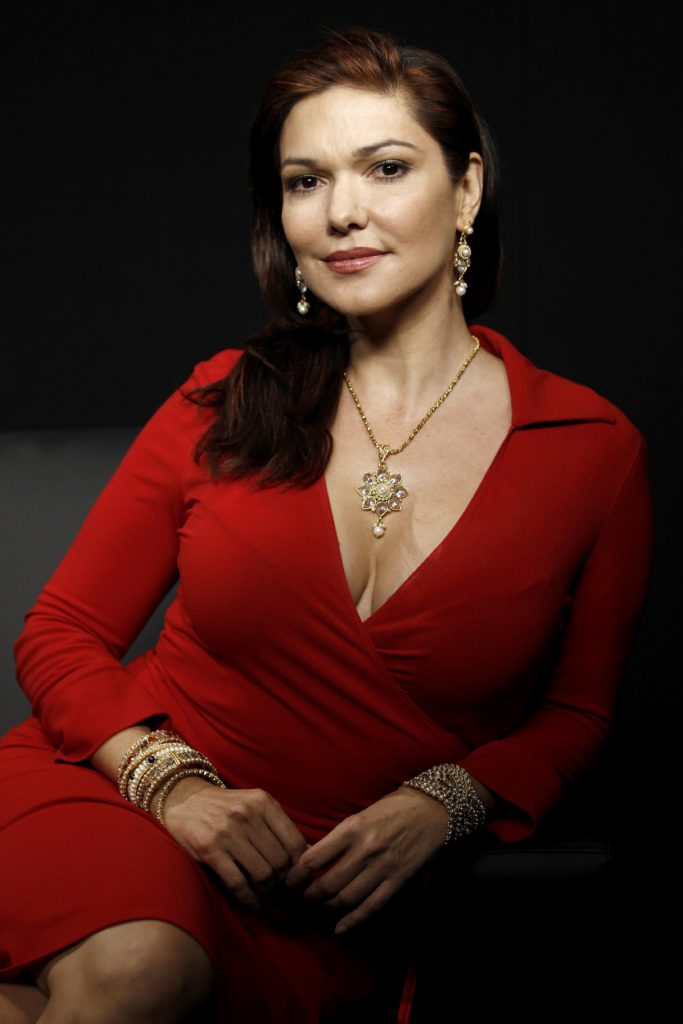 Laura-Harring-Images